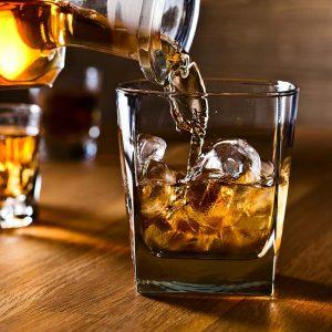 Високоалкохолни напитки