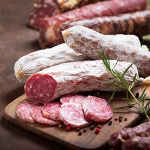 Сухи колбаси и деликатеси